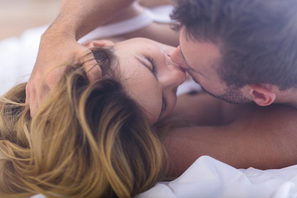 Картинки любовь нежность поцелуи
