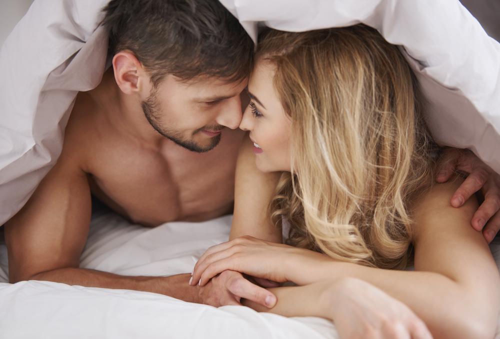 О сексе и больше, порно в порно магазин