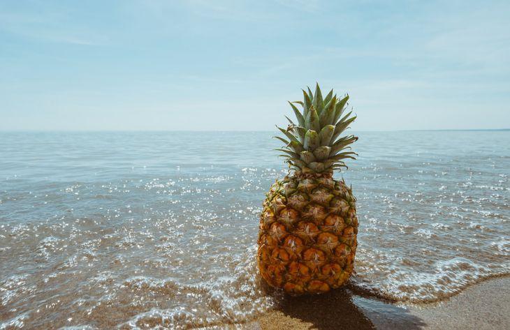 Эксперты перечислили полезные свойства ананаса