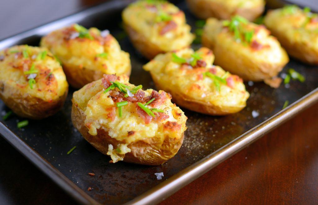 Рецепт ароматной чесночной картошки — вкусное блюдо на каждый день