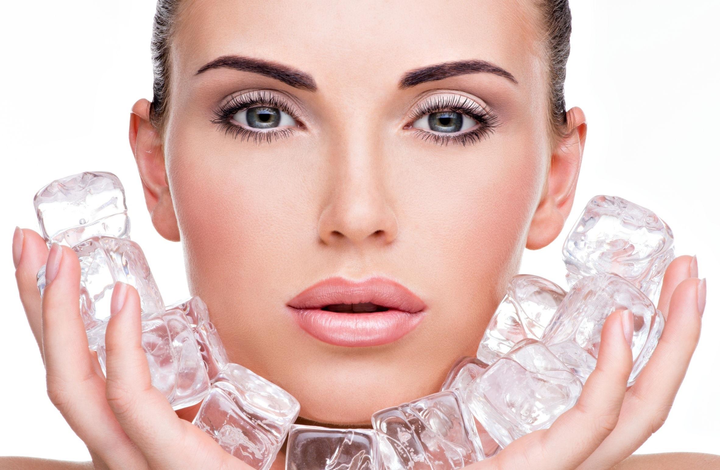 Как омолодить кожу лица массажем кубиками льда