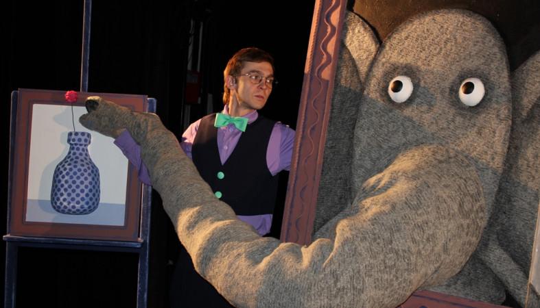 Театр кукол покажет спектакль «Слон Хортон» в новогодние праздники