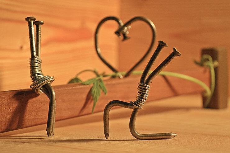 Зажигалка вместо кольца: 11 реальных историй женщин о предложениях пожениться