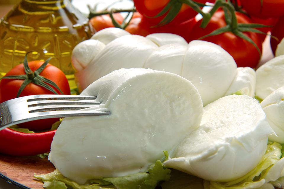 Домашняя моцарелла — натур продукт за пол часа