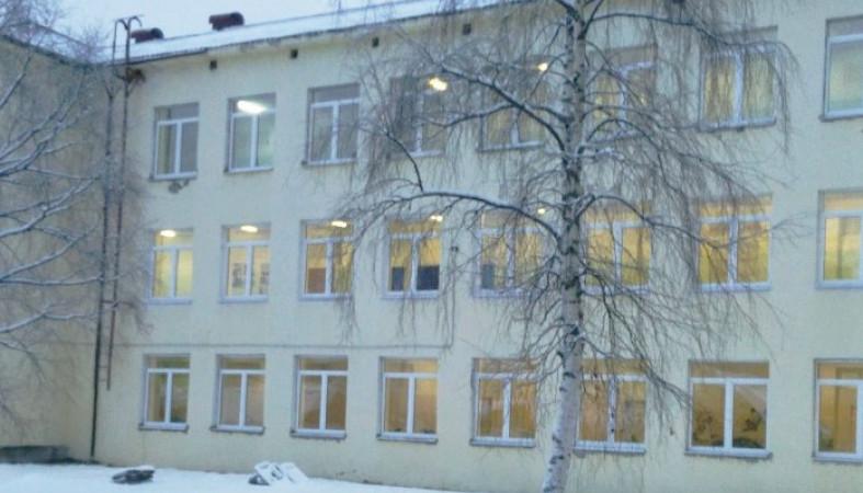 Современные стеклопакеты установят в десятках школ Карелии
