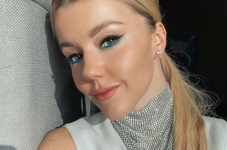 «У меня реально узкая талия»: Юлианна Караулова ответила на обвинения в фотошопе