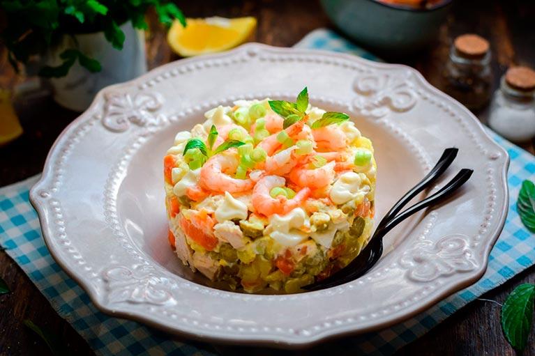 Оливье по-царски — изумительный салат по новому рецепту