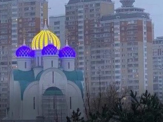 Подмосковная церковь будет завлекать прихожан неоновой подсветкой