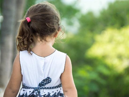 Родители согласились забрать из роддома пятилетнюю дочь при одном условии