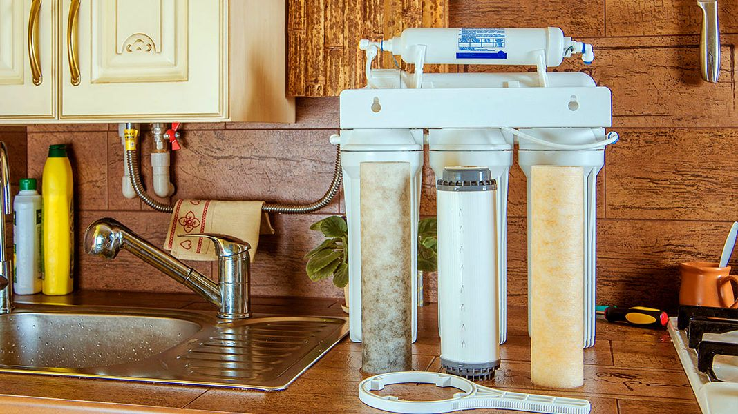 Какой фильтр для воды под мойку лучше: особенности выбора и обзор самых популярных моделей