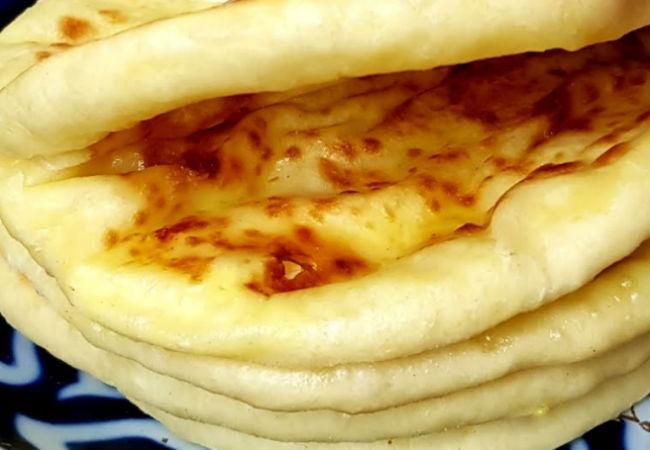 Хачапури тают во рту от сока: добавили стакан кефира и ложку масла