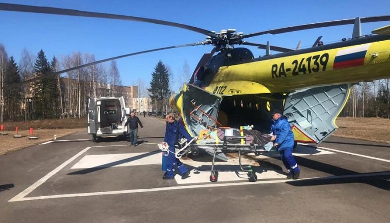 Помощь санавиации потребовалась двадцати трем детям в Карелии