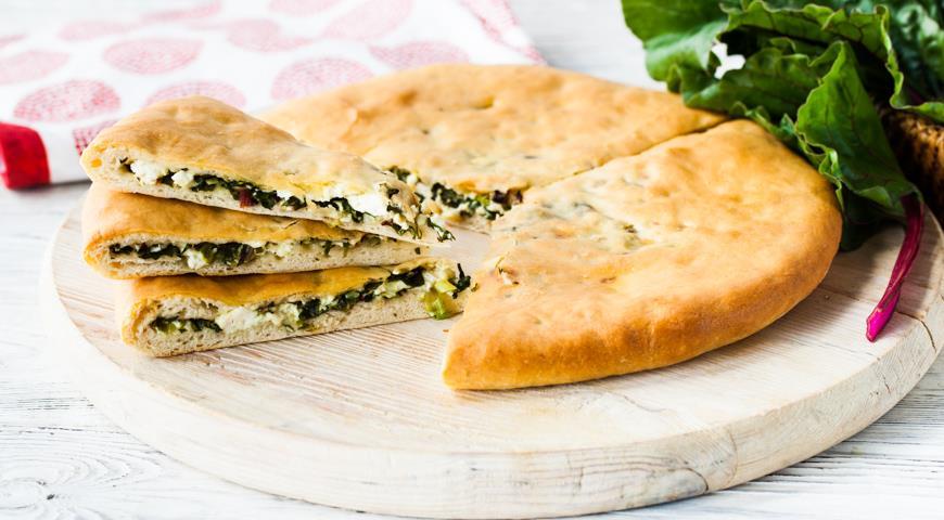 Осетинский пирог со свекольной ботвой и сыром