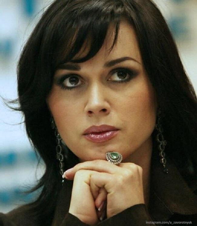 Экс-супруг Анастасии Заворотнюк бил ее и спал с их няней