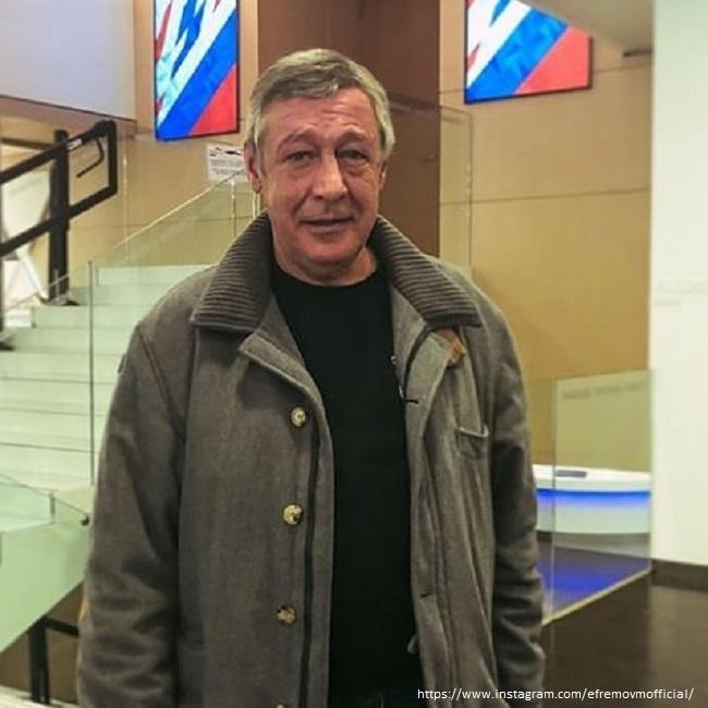 Адвокат Михаила Ефремова попал в очередной скандал