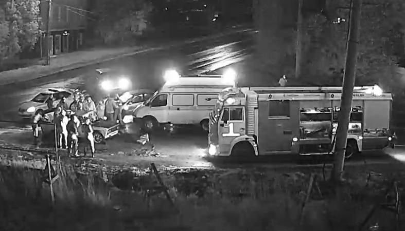 Два легковых автомобиля столкнулись на Ключевой в Петрозаводске