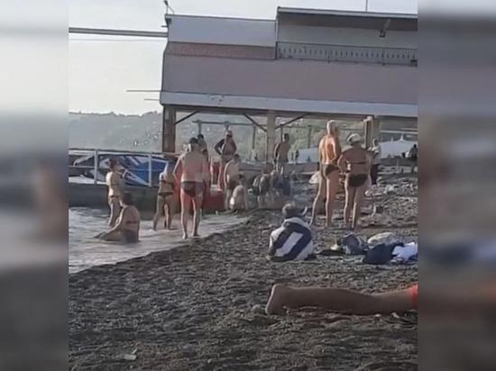 Видео смерти россиянки на пляже в Сочи попало в Сеть