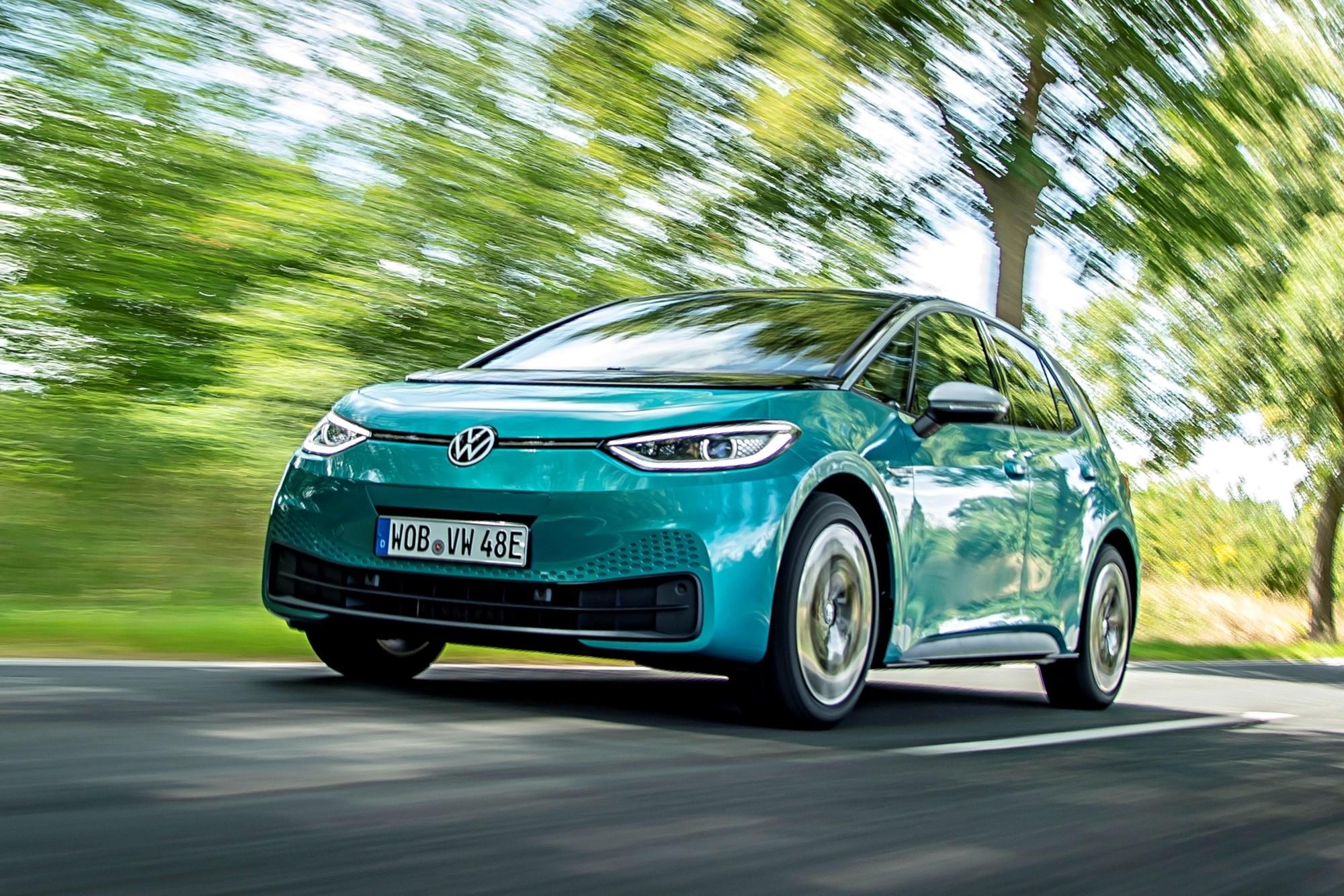 Проблемы с качеством у VW ID.3: плохая покраска, кривые зазоры, глючная электроника