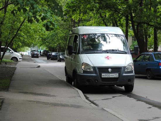 У москвички изъяли троих детей, которых она била бутылкой и поводком