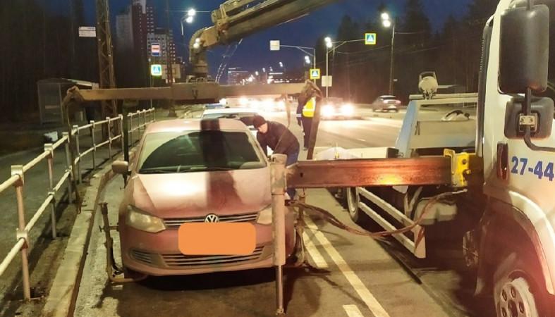 В Петрозаводске у мужчины забрали автомобиль за несколько нарушений