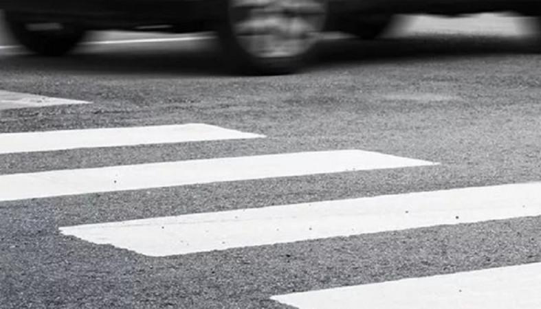 Автомобиль сбил пешехода на «зебре» на Древлянке
