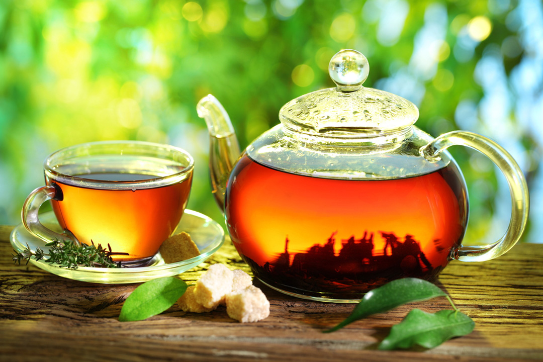 5 простых добавок для черного чая, которые сделают вкус напитка более ярким