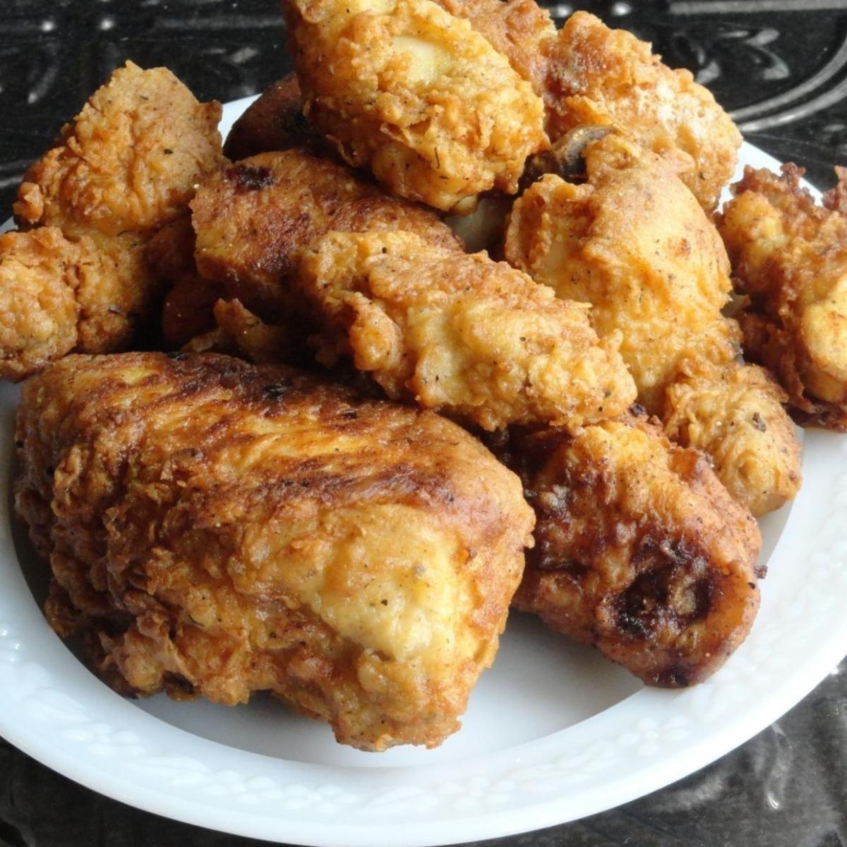 Куриная печень в сметанном кляре: трудно придумать блюдо с более нежным вкусом