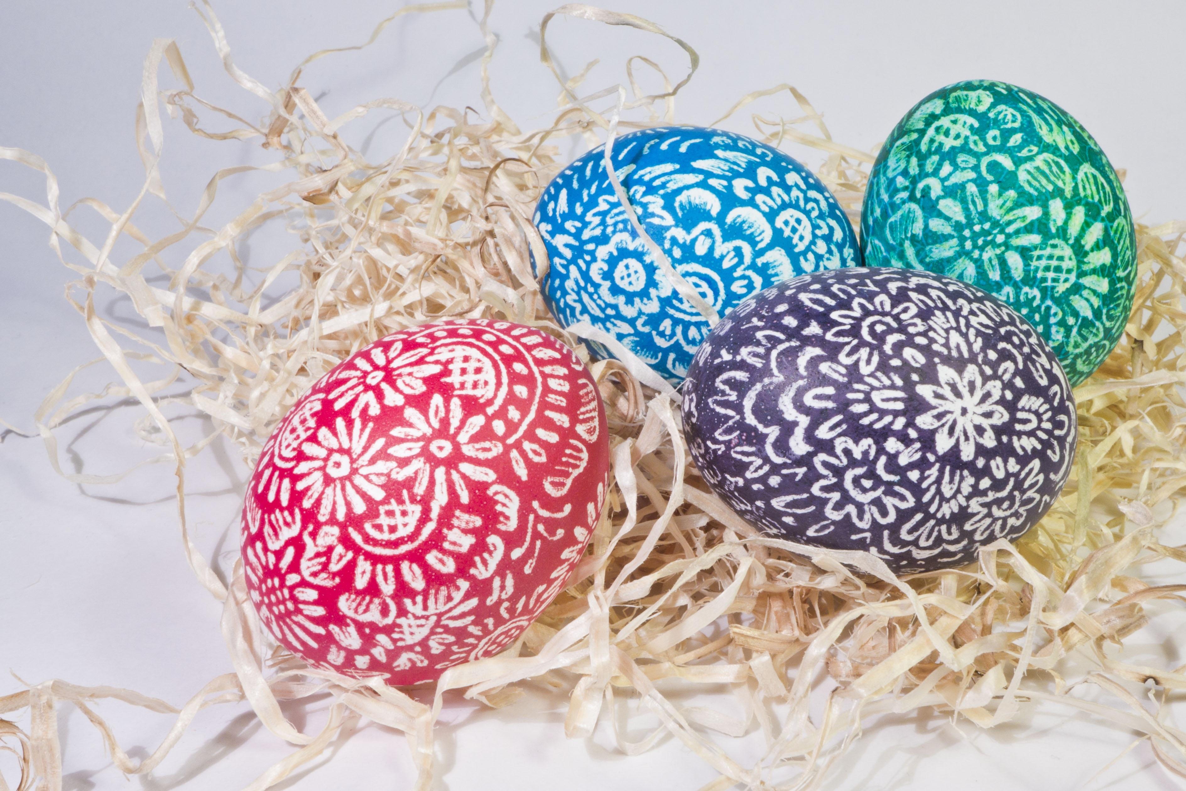 Теперь украшаю пасхальные яйца только так, получается настоящая прелесть. Покажу простой и оригинальный способ